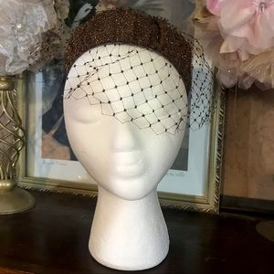 VINTAGE 1960'S BEADED PILLBOX HAT